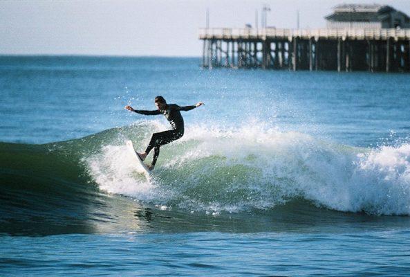 California Original Surfacing Waves Chill Vibe Surfer Surfboard Hoodies for Men